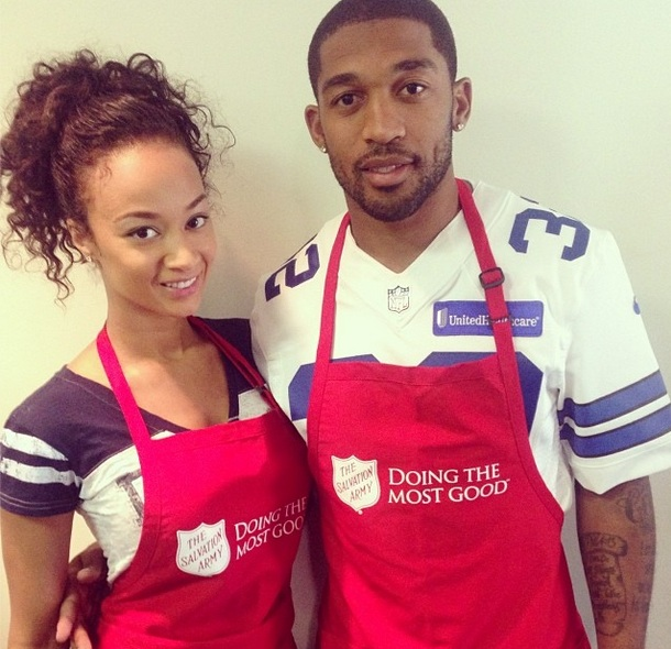 basketball wives la-draya michele-community service-turkey giveaway-with boyfriend-Orlando Scandrick-the jasmine brand