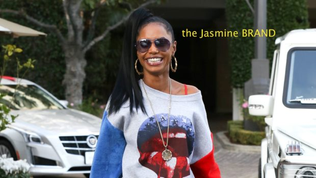 Retail Therapy Brings Kim Porter Out of Hiding, T.I. & Tiny Show-Up For 'Hunger Games' Premiere + BBall Wives' Draya Michele Gives Back to Dallas Community