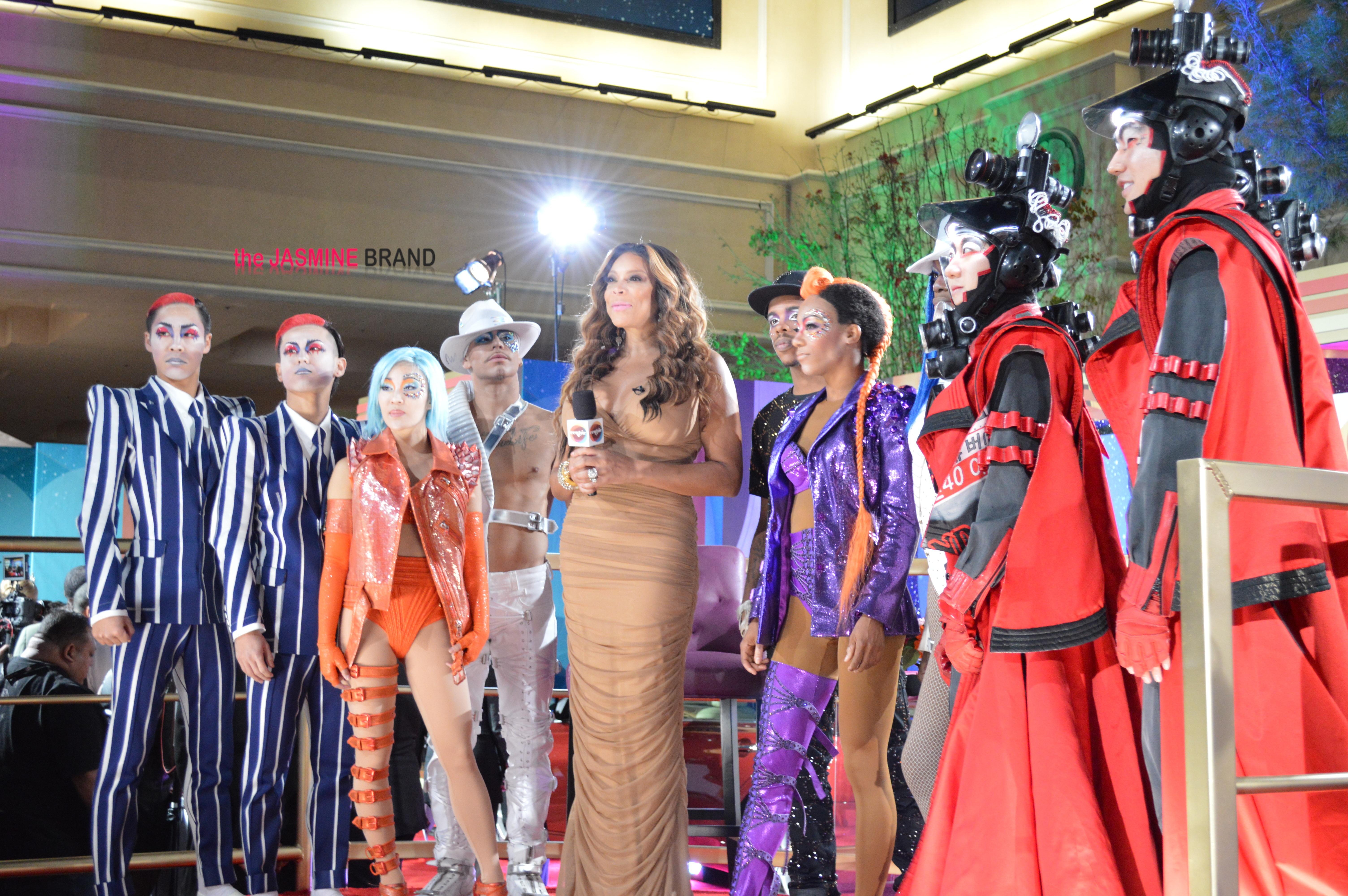 wendy williams-michael jackson 1 cirque soul le-soul train awards 2013-the jasmine brand