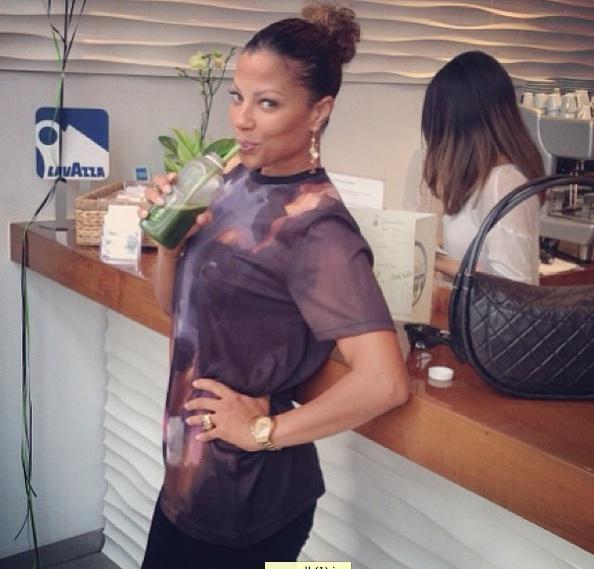 A-lebron james wife-opens the juice spot 2013-the jasmine brand