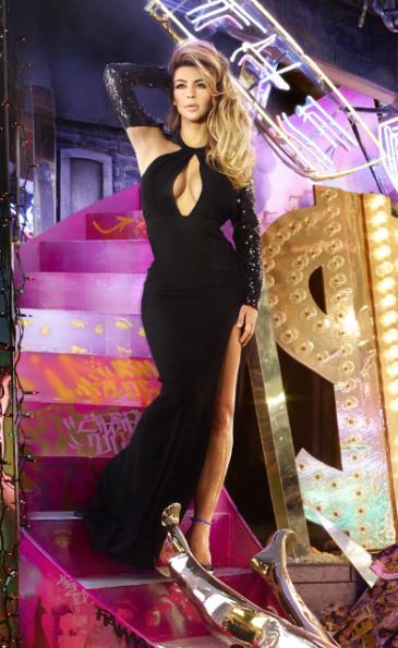 Kim-Kardashin-2013-Christmas-Card-2-The Jasmine Brand