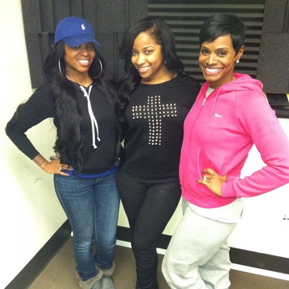 Toya-Wright-Stops-By-Atlanta-Radio-Station-The Jasmine Brand