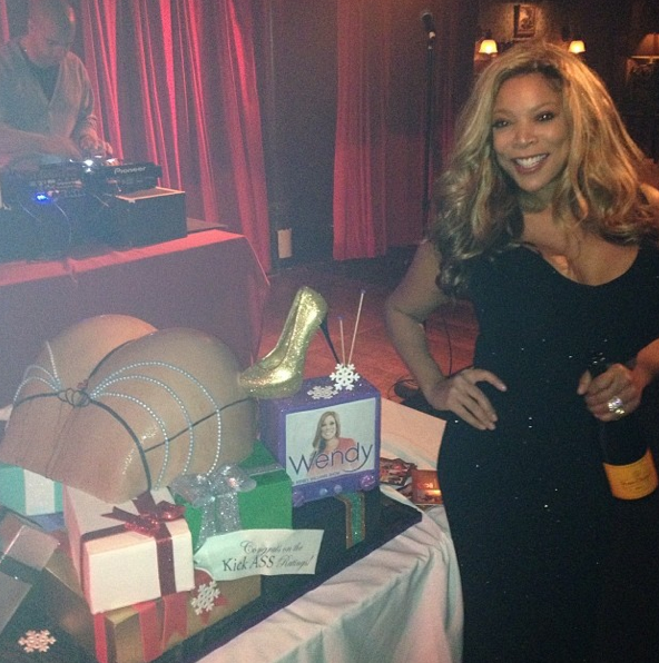 Throwing A Christmas Party At Home: Celebrity Stalking: Wendy Williams Throws Holiday Party