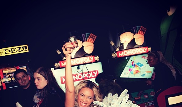 Beyonce Celebrates Album Win With Private 'Dave & Busters' Party, Drake Moonlights As DJ
