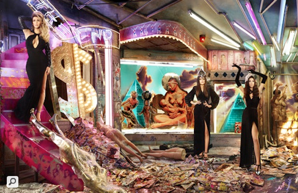 Kardashian Family Unveils New Christmas Card: Baby Daddy's, Fiances & Estranged Hubbys Not Included
