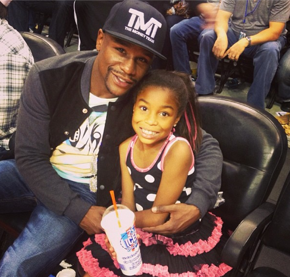 [Photos] Floyd Mayweather Pledges To Teach His Daughters How to Be A Ladies