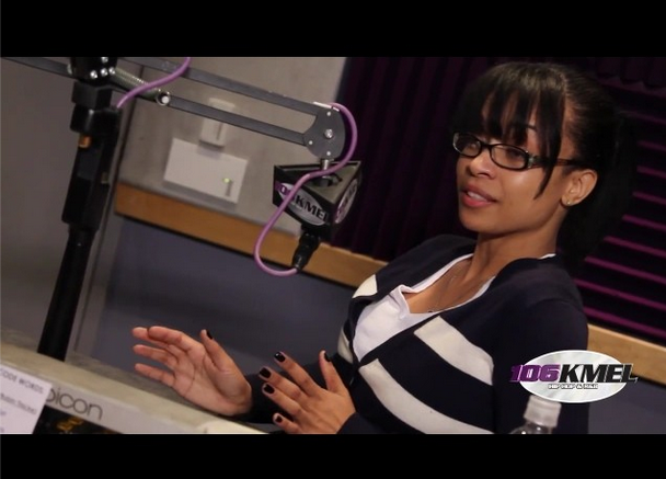 [VIDEO] Karrine Steffans Gives Tips For Keeping A Man: Be Subservient, Show Humility & Shut Up