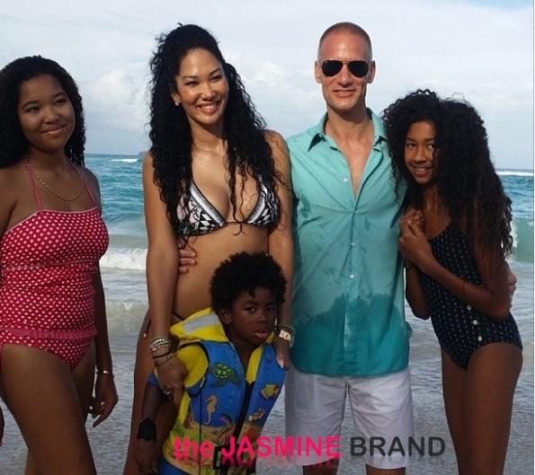 beach-kimora lee simmons-st barts christmas-new boyfriend tim leissner-the jasmine brand