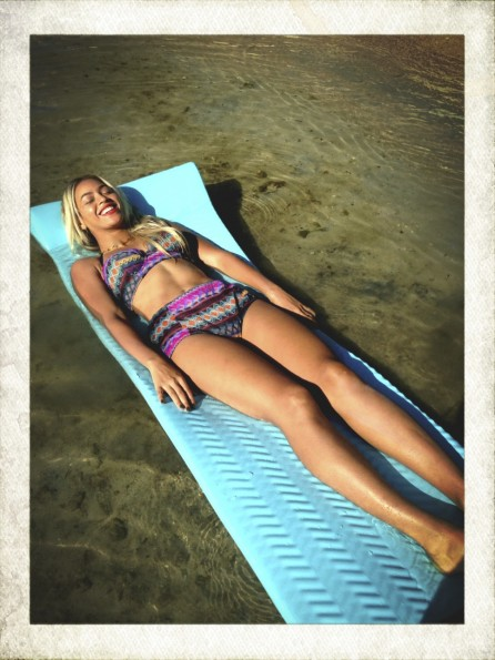 beyonce-vacation with solange jamaica 2013-the jasmine brand