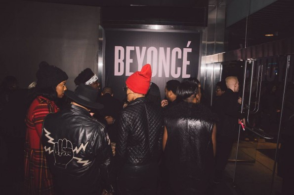crowd-beyonce-album screening new york-tom ford-the jasmine brand