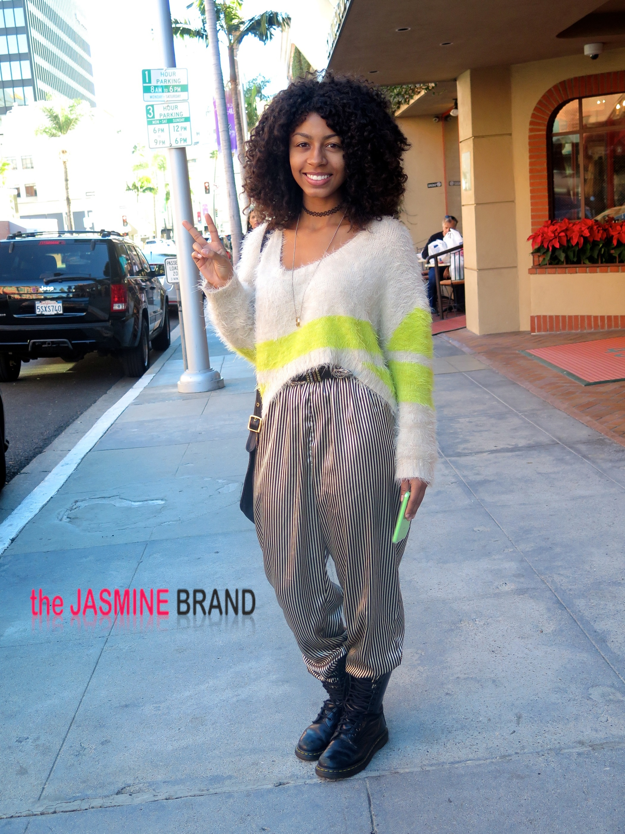 Recording artist Eric Benet's daugher, India Benet, was spotted running errands on Bedford Drive in Beverly Hills