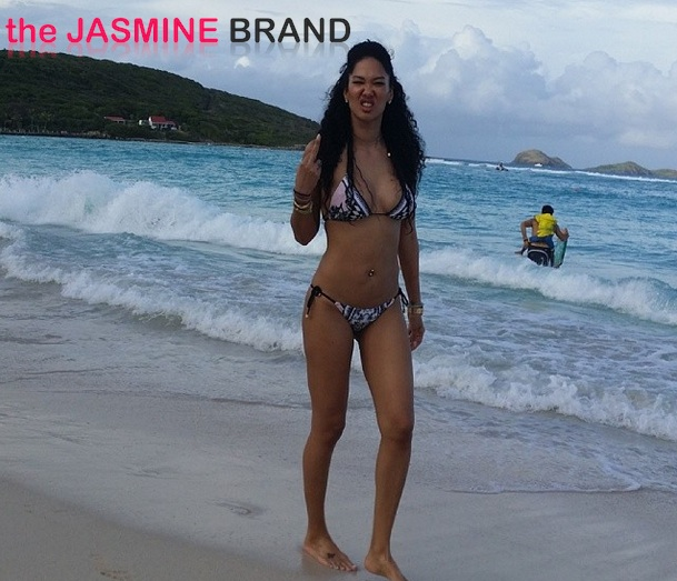 middle finger-kimora lee simmons-st barts christmas-new boyfriend tim leissner-the jasmine brand
