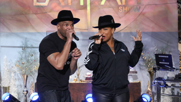 [WATCH] Queen Latifah & DMC Perform 'Christmas in Hollis'