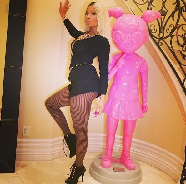 statue-nicki minaj-birthday dinner party 2013-the jasmine brand