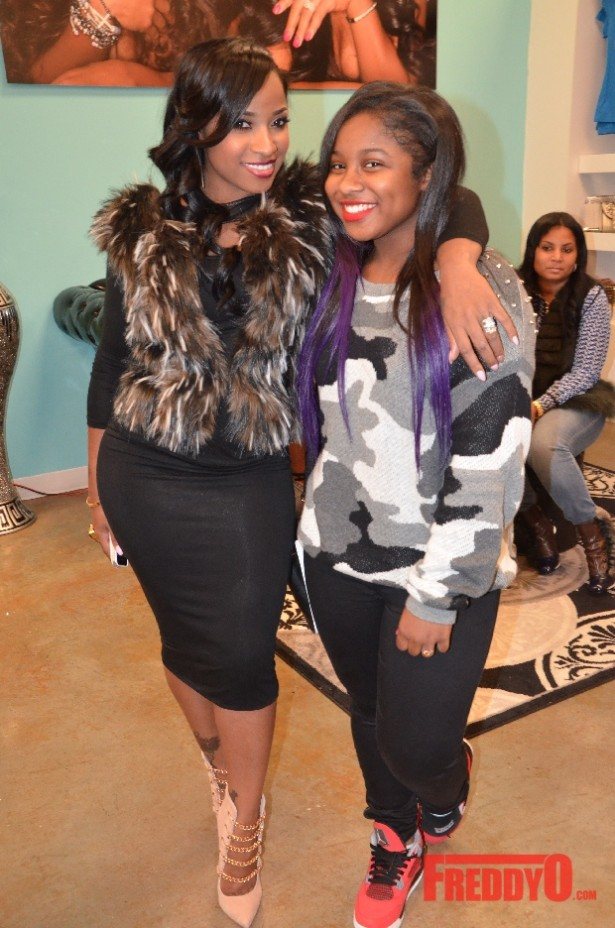 toya wright-daughter-garb shoetique anniversay-the jasmine brand