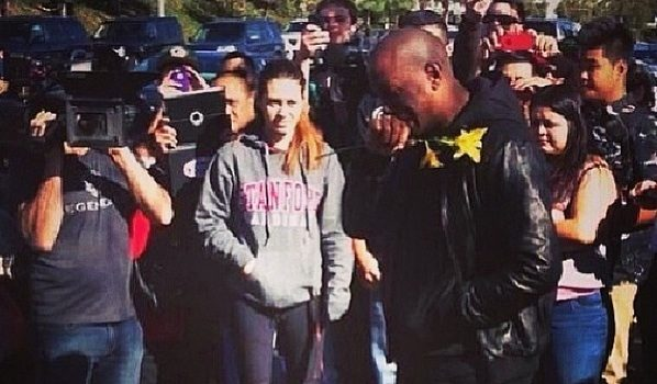 [VIDEO & Graphic Photo] An Emotional Tyrese Shows Up At Paul Walker's Crash Site, Mourns With Fans + New Details