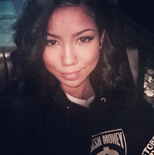 Jhene-Aiko-Selfie-The-Jasmine-Brand