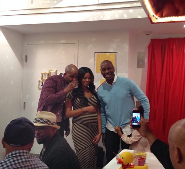 simmons mike wayans bring famous families together for baby shower