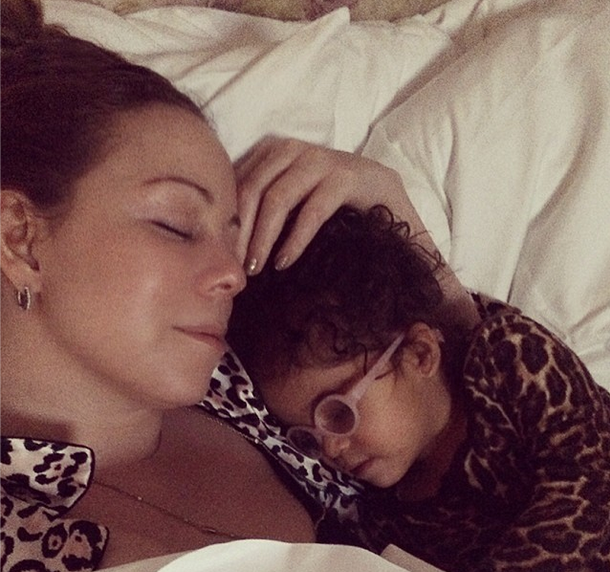 Mariah Carey & Monroe's Cuddle Time, Evelyn Lozada Maternity Swag + More Topless Rihanna Pix