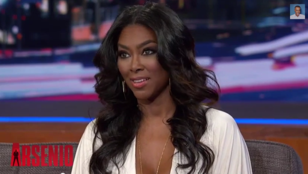 [VIDEO] Kenya Moore Tells Arsenio Porsha Stewart Is 'Dumb', Blasts NeNe Leakes