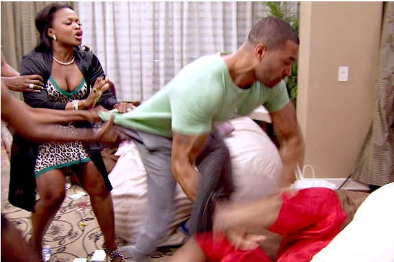 Worst Behavior: Fight Erupts On Real Housewives of Atlanta! Twitter Argument Ensues Between Cast + Watch Episode