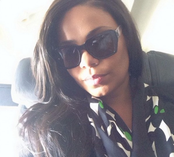 sanaa lathan-airplane selfie-the jasmine brand