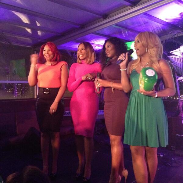 video toni braxton hosts pregrammy gain party with