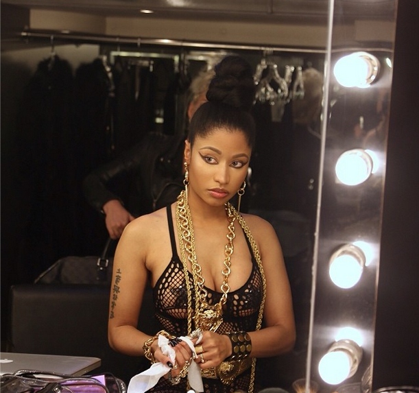 Is That You Nicki Minaj Rapper Shows Real Hair Unbeat