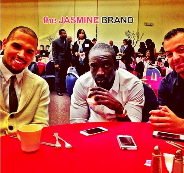 Chris Brown Takes Rehab Break, Receives '2nd Call' Community Service Award