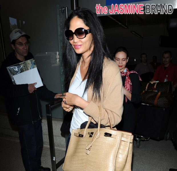 Ovary Hustlin': Kimora Lee Simmons Reportedly Pregnant