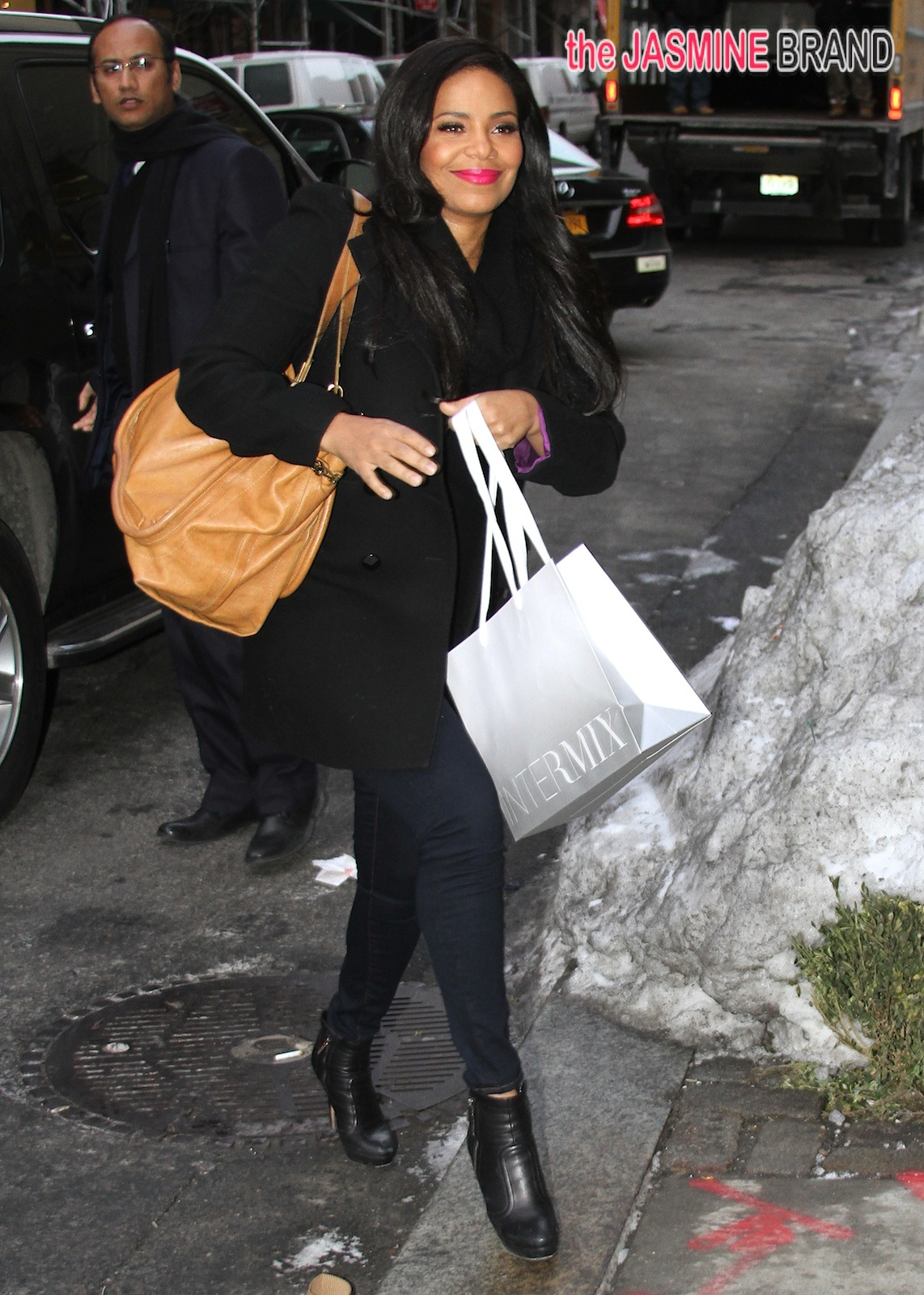 Sanaa Lathan seen returning from a shopping trip in NYC