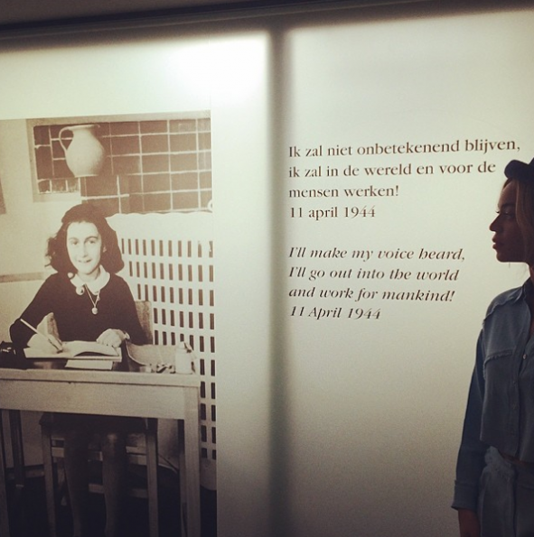 Beyonce-Visits Anne Frank Museum-2-The Jasmine Brand