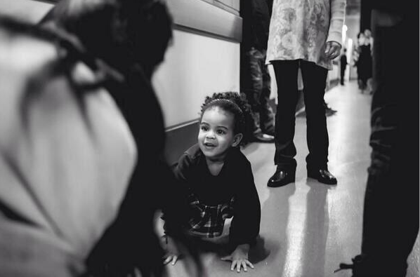 [WATCH] Blue Ivy Caught Singing 'Surfboard'