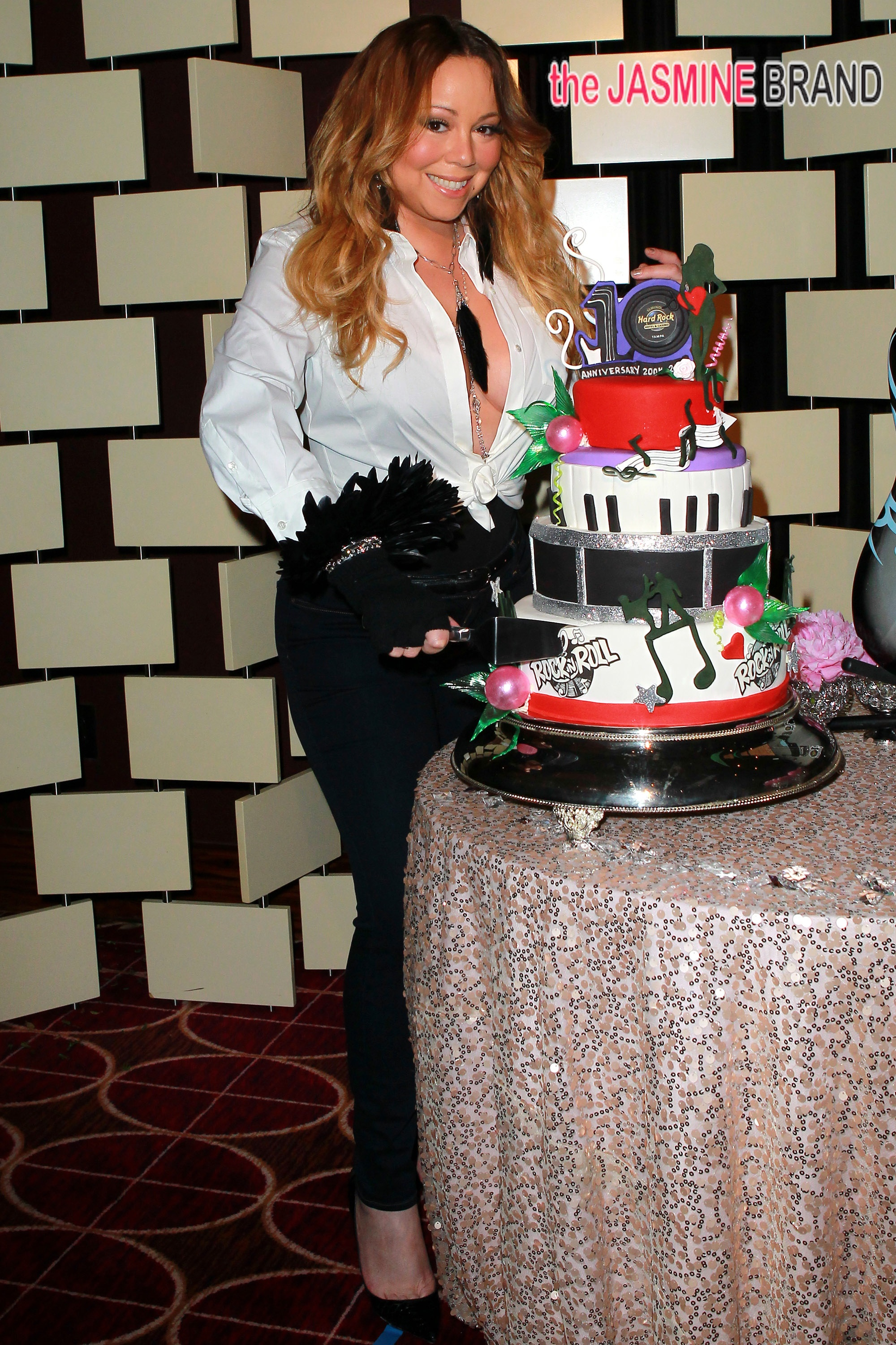 Mariah Carey stopped by Seminole Hard Rock Hotel & Casino Tampa to help celebrate the property's 10th anniversary