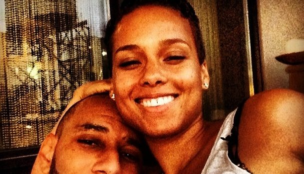 Alicia Keys Thought Swizz Beatz Was Arrogant When They 1st Met + Refuses To Go Back To The Earlier Days Of Her Career: I Was So Blind
