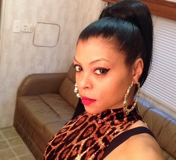 taraji p heson-selfie on set-empire-the jasmine brand