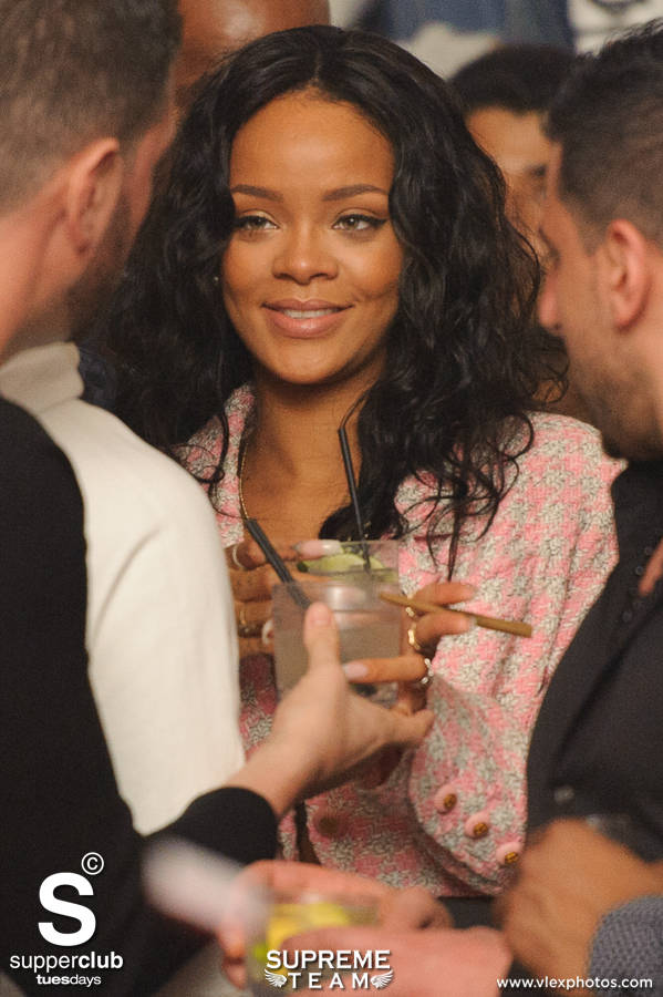 04.08.14-Supperclub-Rihanna