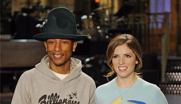 [VIDEO] Pharrell Brings Famous Hat & Talent to SNL