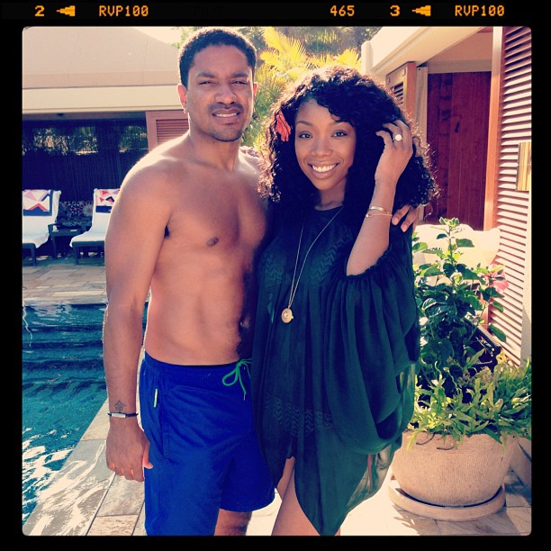 Who is the singer brandy dating ryan