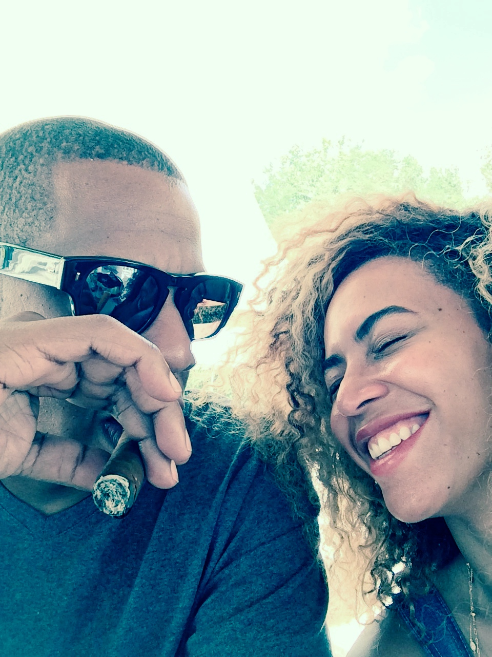 cigars and laughter-beyonce-jay z-6th anniversary vacation-dominican republic-the jasmine brand