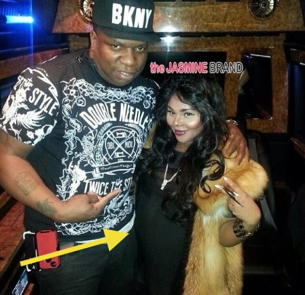 Ovary Hustlin': A VERY Pregnant Lil Kim Makes Rare Public Appearance