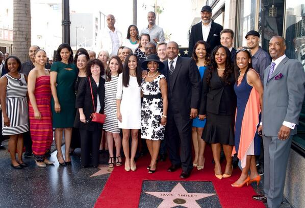 [Photos] Tavis Smiley Lands Hollywood Star + Jay Leno, Larry King Attend