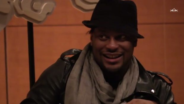 [Watch] D'Angelo Drops Jewels at 'Red Bull Music Academy' Lecture