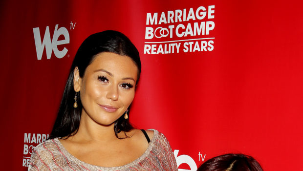"Snooki Defends ""Jersey Shore"" Castmate J Woww During Divorce Drama"