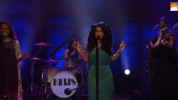 "[WATCH] Kelis Performs New Single ""Rumble"" on Late Night's 'Conan'"