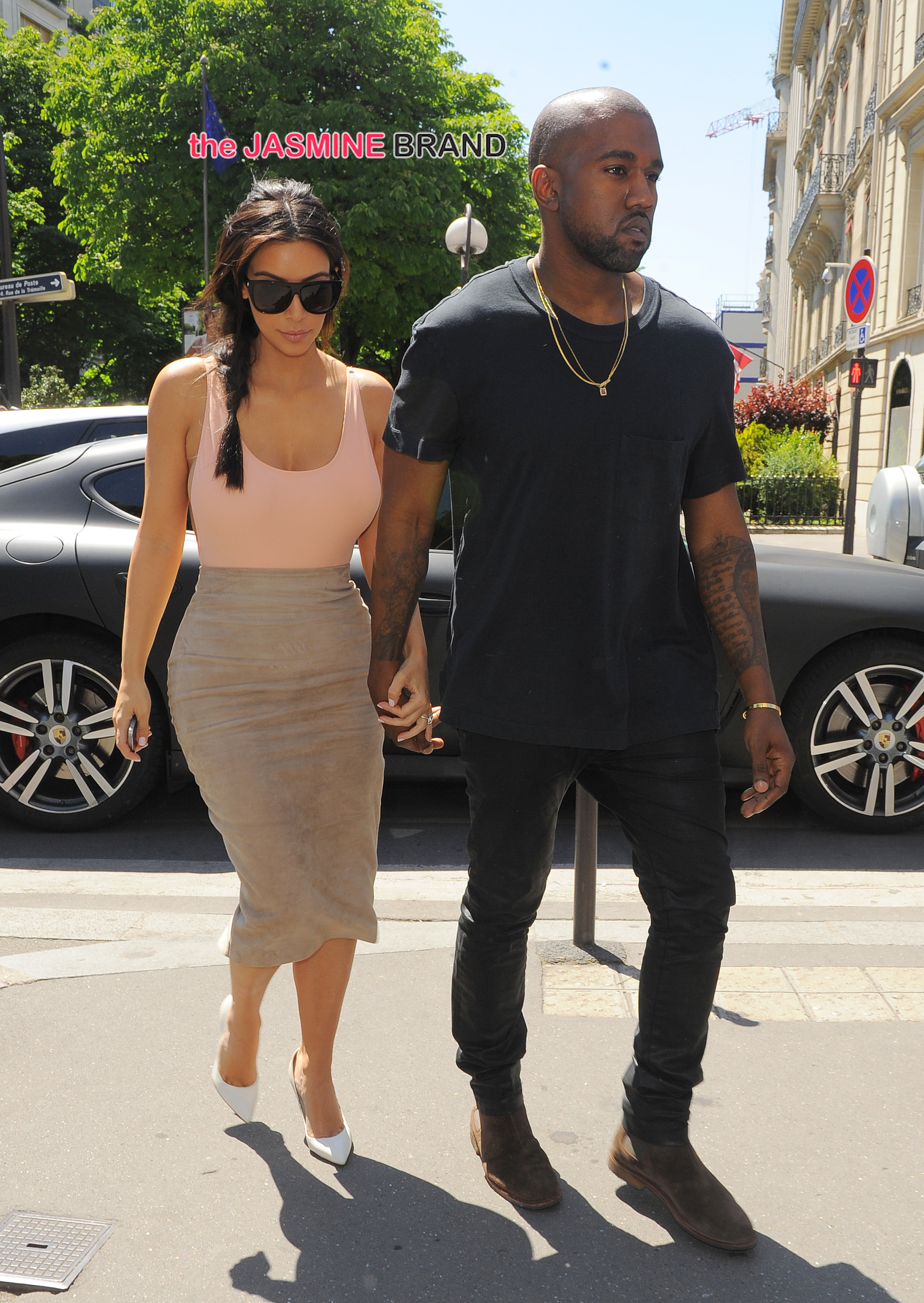 Kim Kardashian and Kanye West seen heading for lunch at L'Avenue