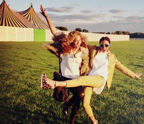 I Love My Sister: Beyonce Uses Instagram to Validate Relationship With Sister Solange Knowles