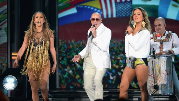 [WATCH] J.Lo & Pitbull Perform 'We Are One (Ole Ola)' On Billboard Music Awards + J.Lo Snags 'Icon' Award
