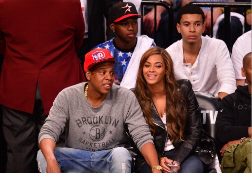 [Photos] Beyonce & Jay Z Trip-A-Referee, Spotted At Brooklyn Nets Game