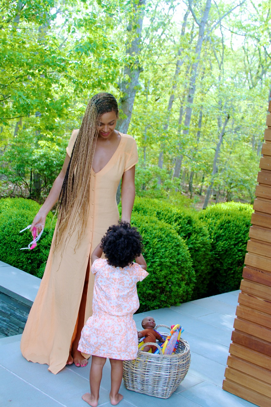 beyonce-blue ivy-mommy moments-the jasmine brand